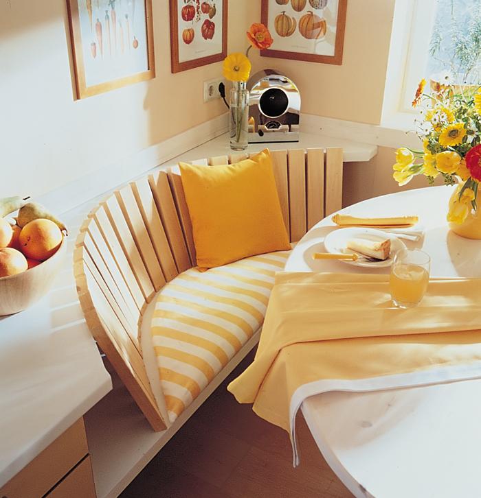 divanetto-cucina - Rifare Casa