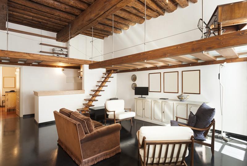 Arredare un monolocale o un piccolo appartamento arredamento for Piccoli piani cabina con soppalco e veranda