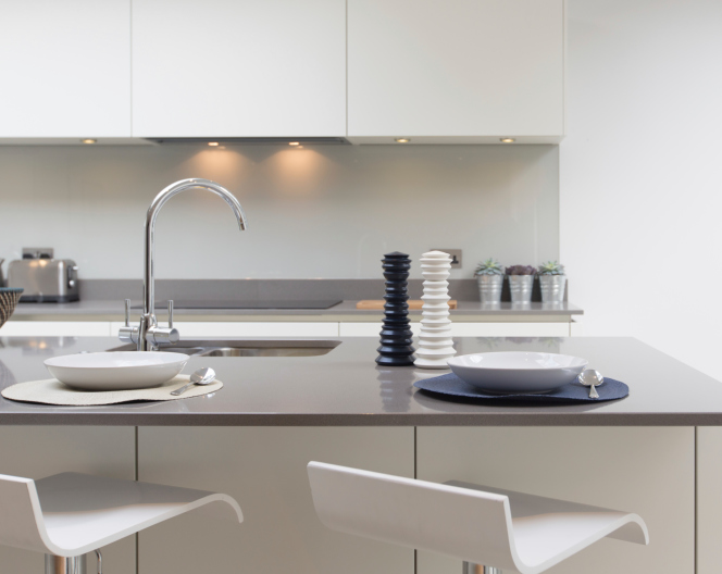 Cucine con penisola rifare casa - Cucine con isola piccoli spazi ...