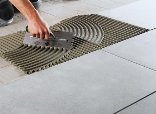 Rifare fughe piastrelle 28 images come rivestire e rinnovare le vecchie piastrelle bagno - Rifare pavimento senza spostare mobili ...