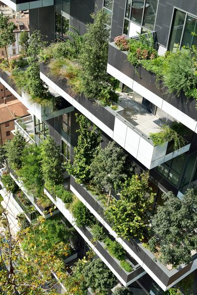 Bosco Verticale, Milano: isolamento termoacustico Dump CR 400 nelle pareti e nei soffitti delle due torri con 900 alberi sulle terrazze che producono ossigeno.
