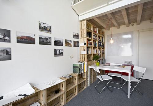 Studio WOK: small loft low cost