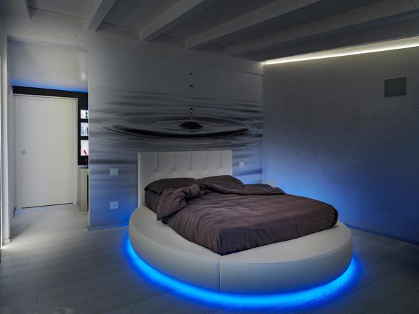 Architetto alessandro marchelli spazi luminosi rifare casa for Camera da letto luci