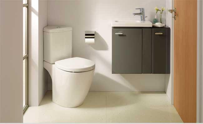 Dimensioni minime bagno piccolino rifare casa - Misure bagno minime ...