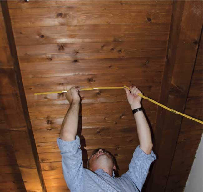 Illuminazione mansarda installazione finestre sottotetto - Illuminazione sottotetto legno ...