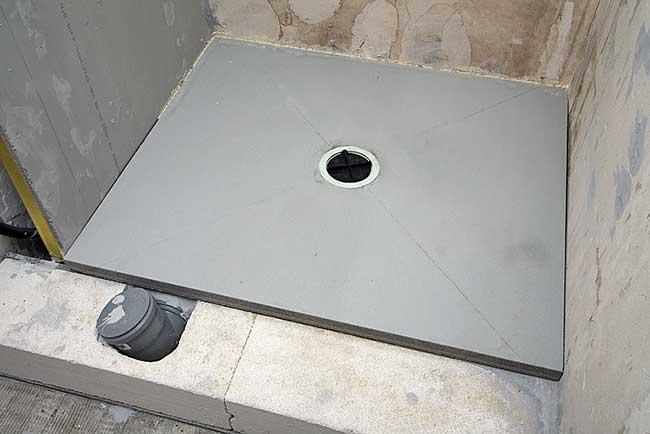 Bagno piccolissimo con doccia 4 rifare casa - Riscaldare casa a basso costo ...