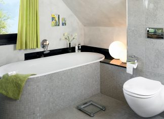 Ristrutturare il bagno novit e soluzioni rifare casa - Bagno sottotetto ...