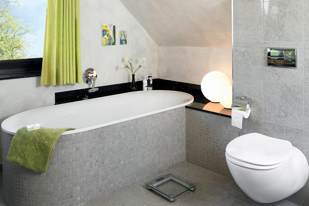 Bagno sottotetto come disporre i sanitari rifare casa - Bagno sottotetto ...