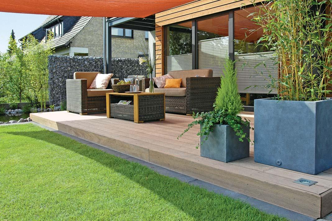 pedana in legno per esterni installazione e scelta. Black Bedroom Furniture Sets. Home Design Ideas
