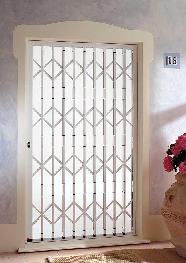 Inferriate di sicurezza per porte e finestre quali - Finestre sicurezza ...