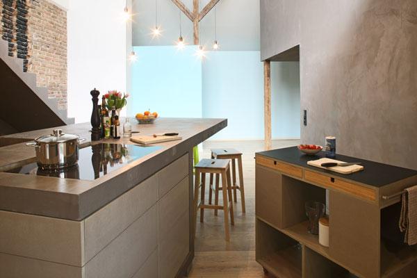 a berlino un 39 antica casa diventa loft eclisse. Black Bedroom Furniture Sets. Home Design Ideas