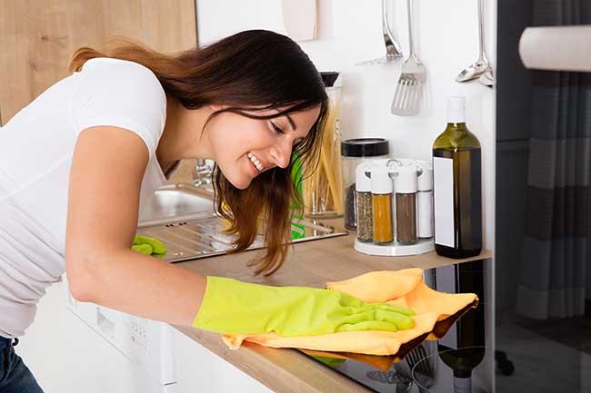 pulizia fornelli induzione